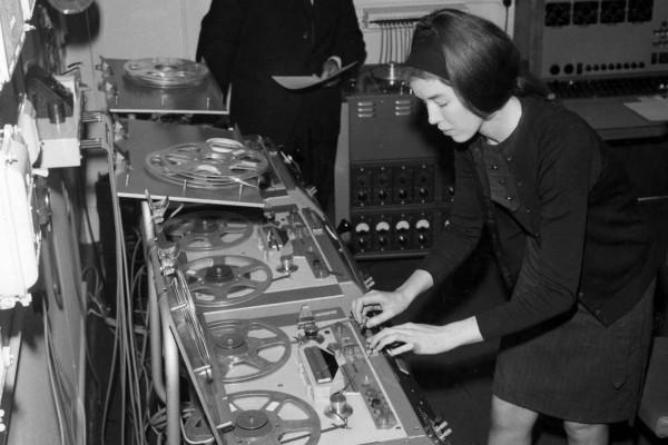 Delia Derbyshire - Audio Alchemist